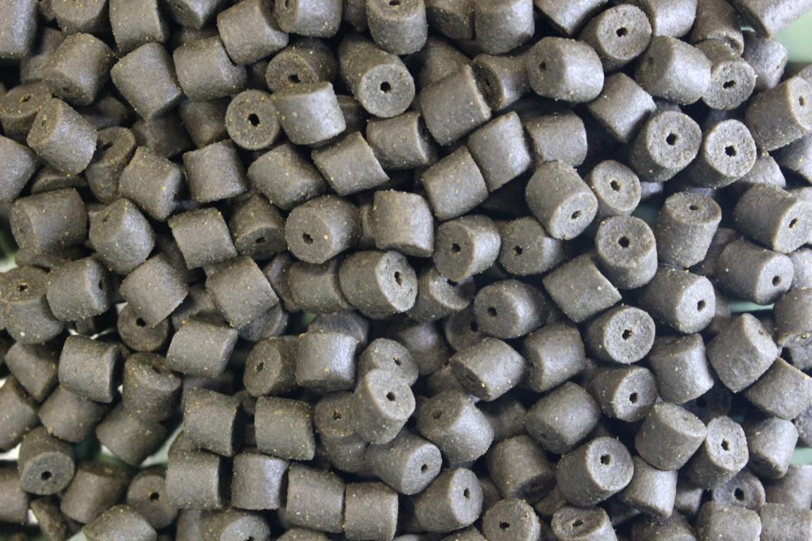 Browns Black Halibut Pellets 8mm, 14mm, 20mm